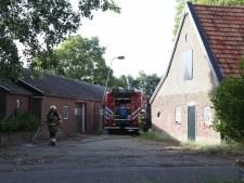 Schutting in brand door barbecue in Veghel