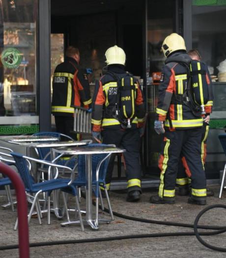 Flinke keukenbrand in Grieks cafetaria in Ter Aar
