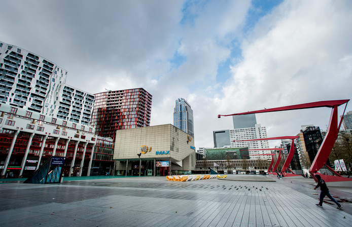 Het Schouwburgplein in Rotterdam.