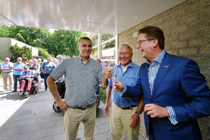 Roosendaler Toine Theunis (links) kan Bergen op Zoom redden.