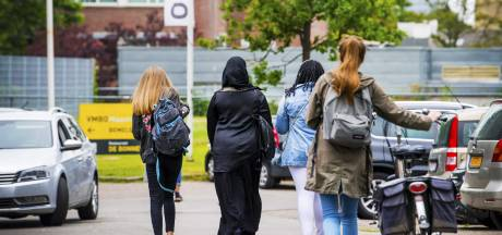 Bekostiging middelbare scholen op de schop