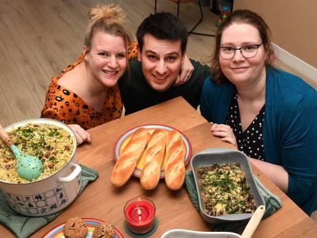 Diana uit Grave geeft gratis eten weg en hoeft er niets voor terug: 'Koken is mijn passie, net zoals mensen helpen'