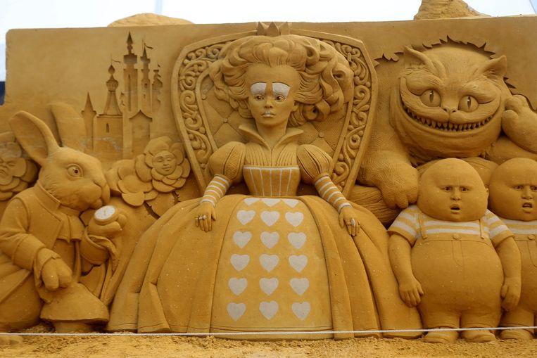 Een scène uit Alice in Wonderland.