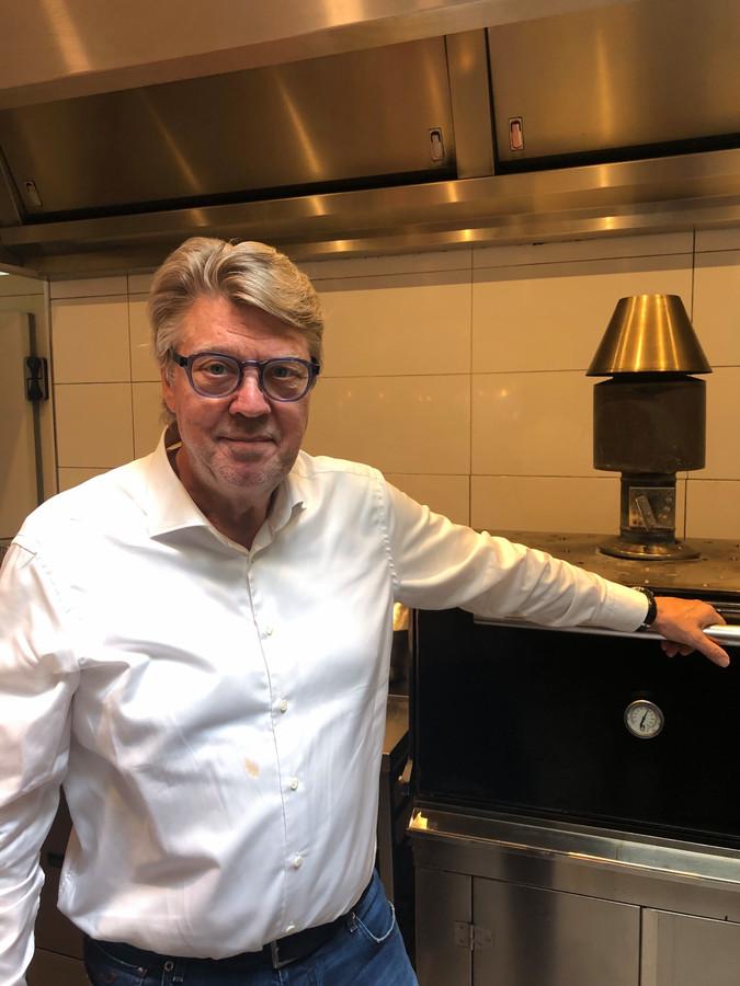 Robert Kranenborg, helemaal thuis in de keuken.