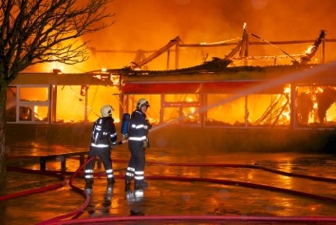 De brand in de school in Elderveld tijdens nieuwjaarsnacht 2013.