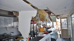 """Loodzwaar venster valt op dak van broodjeszaak: """"Serieus schrikken"""""""