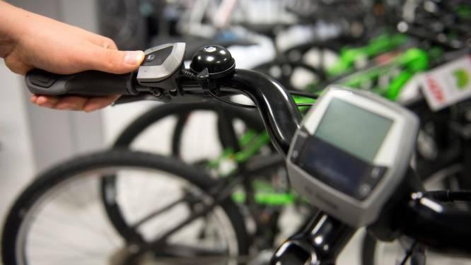 Auto blijft belangrijkste vervoermiddel van de Vlaming, elektrische fiets wordt populairder