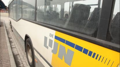 Man gooit irriterende vloeistof naar buschauffeur van De Lijn