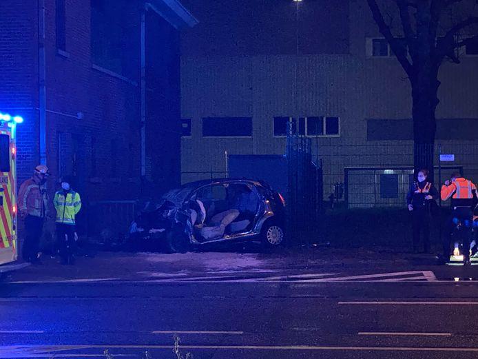 De oorzaak van het ongeval is voorlopig niet bekend.