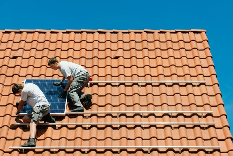 Sociale huisvestingsmaatschappijen worden gestimuleerd om meer zonnepanelen te plaatsen.