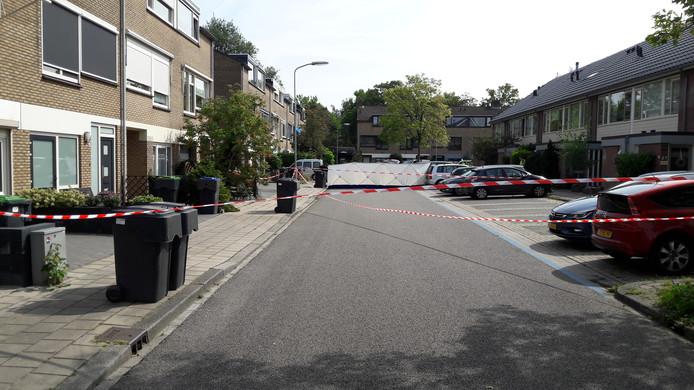 Emdenmeen Harderwijk. Hier loste de politie van Harderwijk een paar waarschuwingsschoten toen de verdachte er vandoor wilde gaan en een agent aanreed.