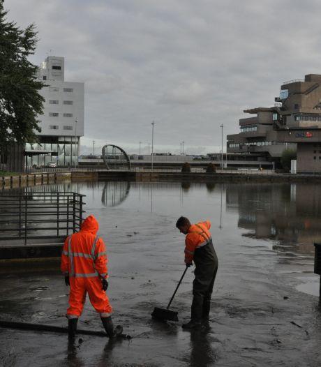 Oostkolk en Herengracht worden uitgebaggerd