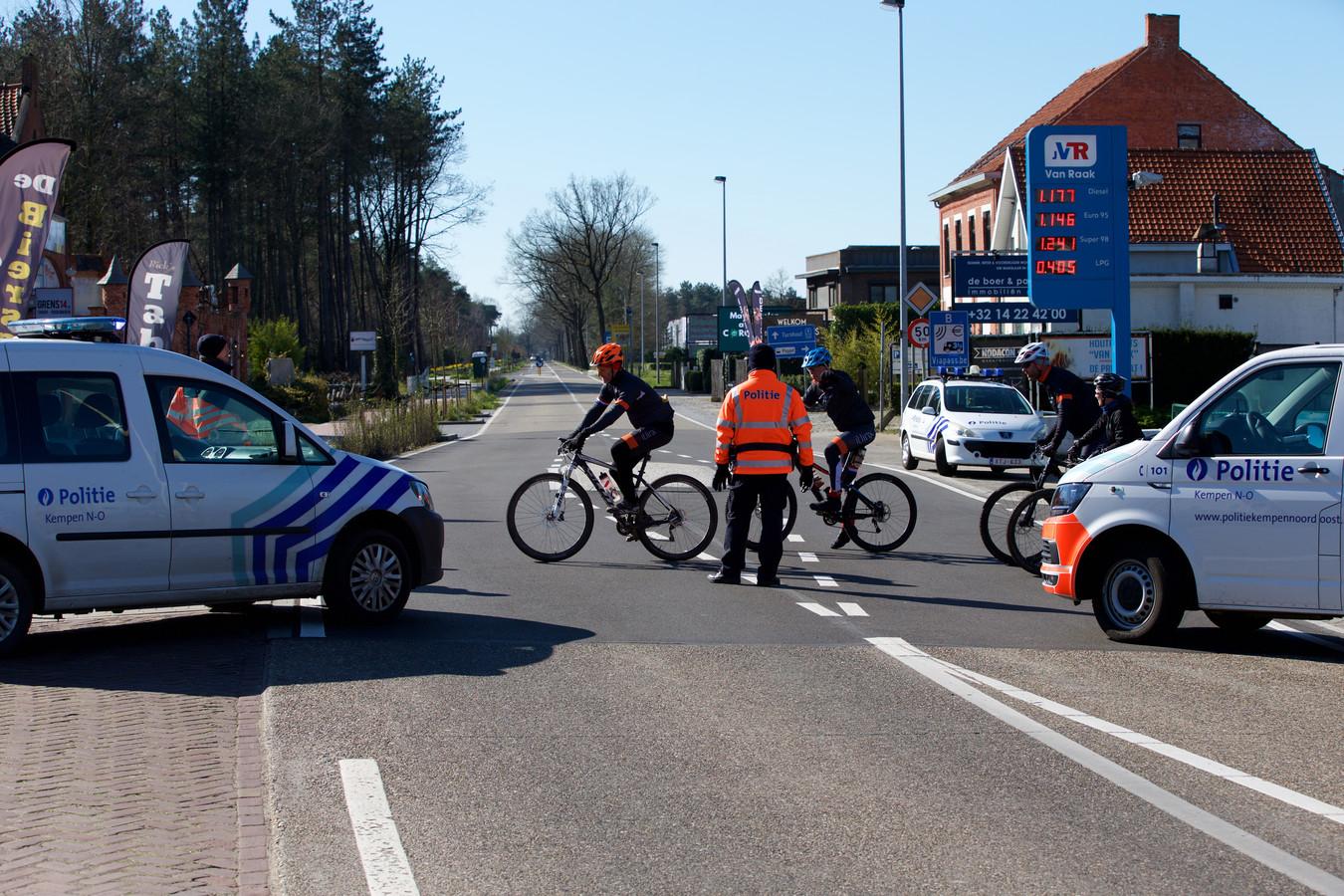 De geplaagde burgemeester Frank Petter van Bergen op Zoom wil, om de verspreiding van het coronavirus tegen te gaan,  de Belgen weren uit zijn stad en wil dat Den Haag hem daar de mogelijkheden voor geeft.