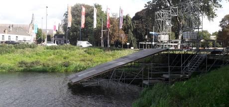 Vuile Dommel laat Swim to Fight Cancer van Den Bosch uitwijken naar IJzeren Man in Vught