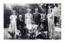 Het gezin Van Bragt jaren na het overlijden van de twee broertjes. Jeanne, sinds het drama de jongste van het gezin, staat links.