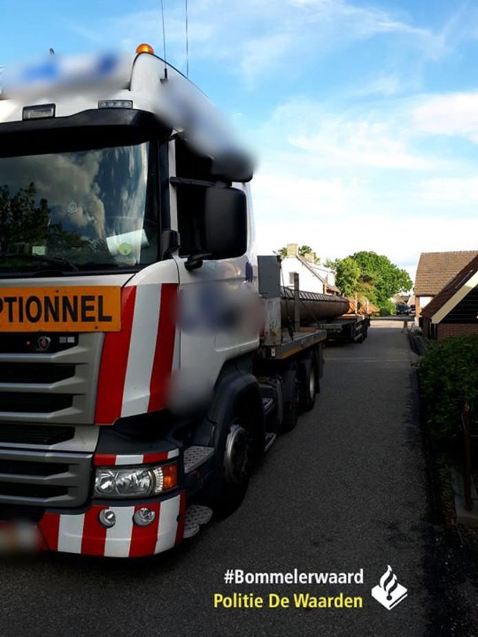 De vrachtwagen die vier aanrijdingen veroorzaakte in Aalst.