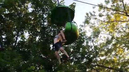 Meisje (14) overleeft 7,5 meter hoge val uit pretparkattractie dankzij behulpzame omstaanders