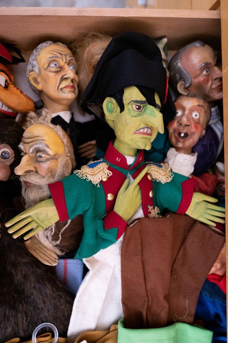 Enkele poppen uit de waardevolle collectie in de Brusselpoort