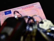17-jarige automobilist moet rijbewijs na twee dagen al inleveren