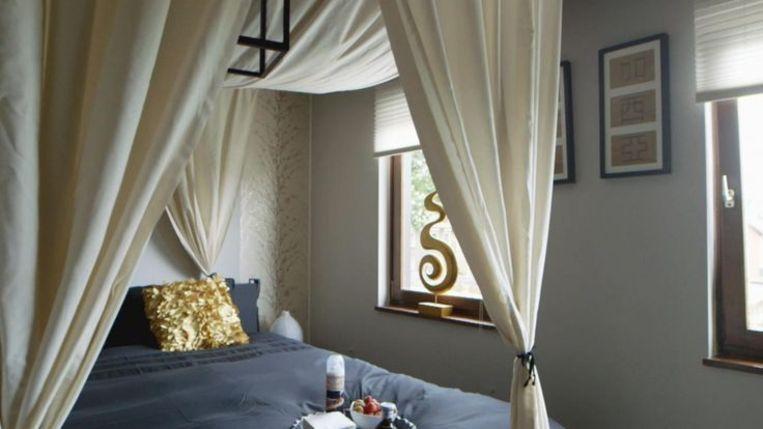 De slaapkamer van Kasia en Ben. Beeld