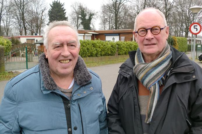 Campingeigenaren Joop Stuivenberg (links) en Hans van Putten