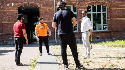 """Brugse Poort-bewoners razend: """"250 euro coronaboete terwijl we de politie probeerden te helpen. Het vertrouwen is nu helemaal zoek"""""""