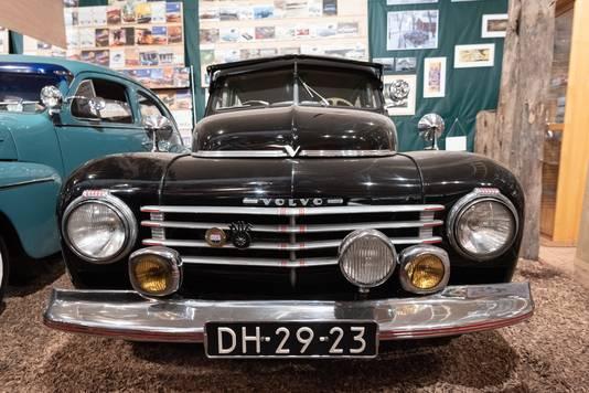 Blokzijl heeft tal van historische exemplaren van Volvo.