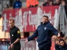 Hardleers PEC onder de streep en coach Stegeman in het nauw: 'Als je zo verdedigt, win je ook met Van Gaal geen wedstrijd'