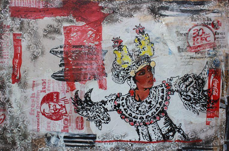 'Legongdans' (2003, inkt en acryl op plastic afval). Dit werk is gemaakt door Made Bayak (1980), kunstenaar en activist en bekend geworden door 'plasticology', kunstwerken gemaakt van plastic afval.  Beeld Nationaal Museum van wereldculturen