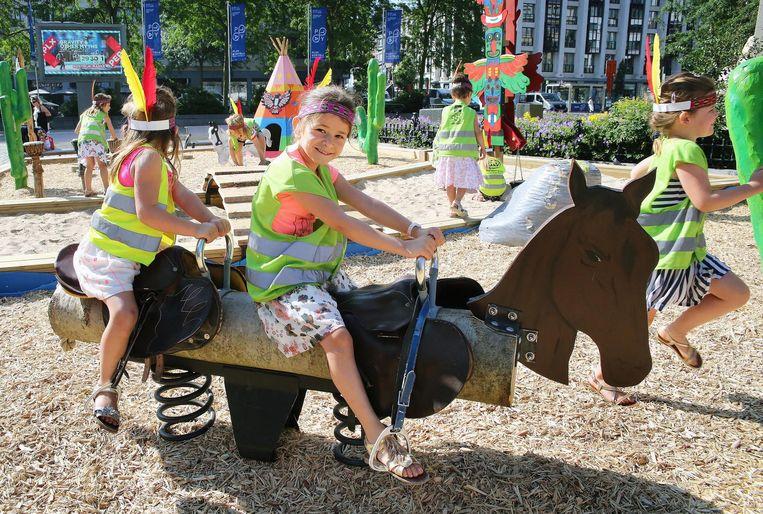 De Grote Markt heeft sinds 2013 een zomerspeelplein. Straks komen er zo'n zomerspeelpleinen in alle deelgemeenten.
