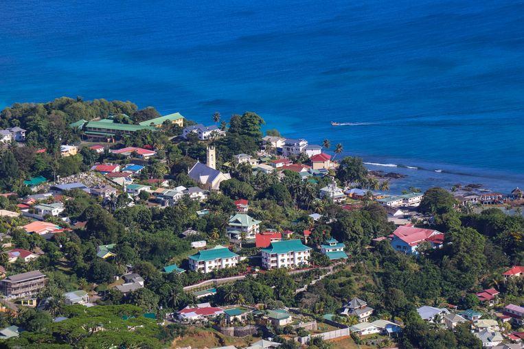 De kust van Beau-Vallon op het eiland Mauritius, een zelfstandige Afrikaanse republiek in de Indische Oceaan.