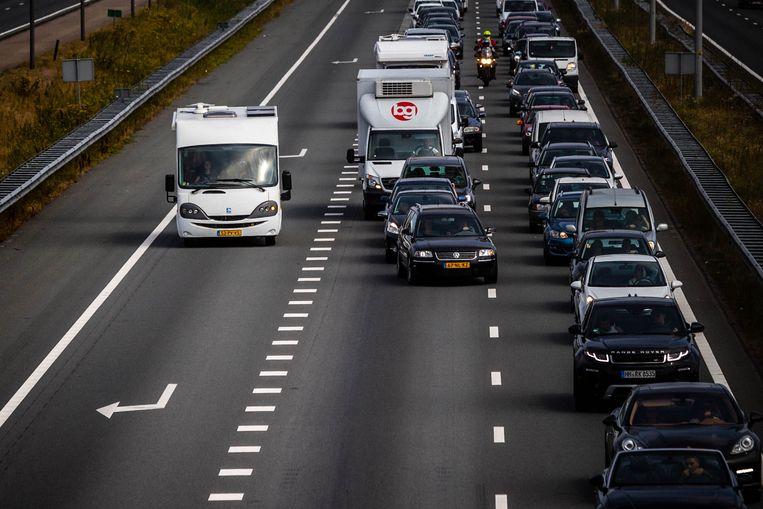 Autoverkeer richting de Belgische grens op de A67 bij Eindhoven. Beeld ANP