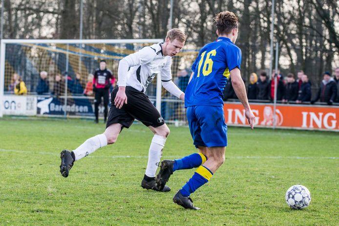 Witkampers (hier op archiefbeeld) ging flink onderuit tegen Doetinchem. Maar zonder publiek is het 'eigenlijk ook geen bal meer aan', vindt trainer Jeroen van der Tol.