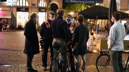 """REPORTAGE. Een Leuvense feestnacht door de ogen van de politie: """"Heel lange dagen en hard werken, maar streng optreden is nodig"""""""