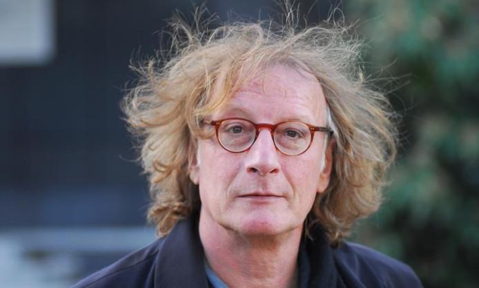 Schrijver en columnist van De Gelderlander Thomas Verbogt verblijft twee maanden in het Besiendershuis in Nijmegen. Foto Jan Wamelink