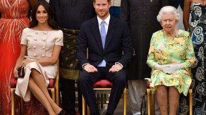 """Royalty-historicus Robert Lacey: """"Queen Elizabeth ziet in dat Harry en Meghan de koninklijke familie een grote dienst bewijzen"""""""