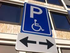 'Aanvraag parkeerplaats invaliden duurt te lang'
