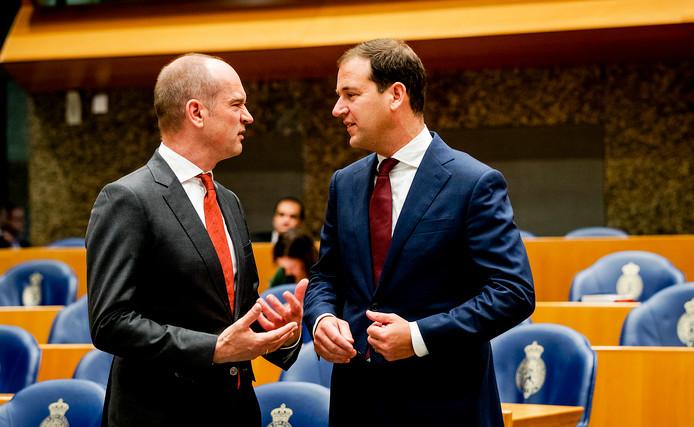 Gert-Jan Segers (Christenunie) en Lodewijk Asscher (Pvda) in de Tweede Kamer.