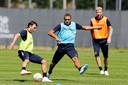 Beeld van de eerste training van FC Utrecht dit seizoen, met v.l.n.r. Joris van Overeem, Cyriel Dessers en Simon Gustafson