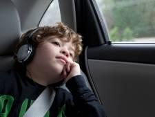 8 podcasts pour enfants pour faire passer le temps plus vite sur la route des vacances