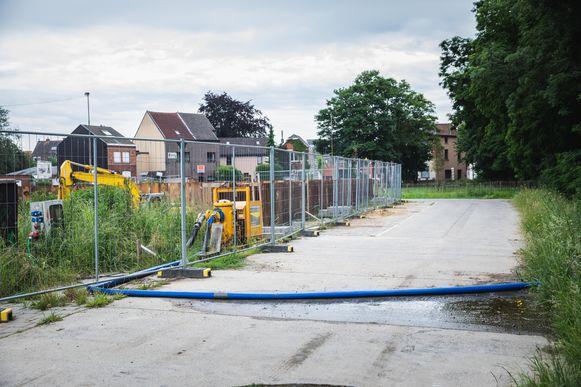 Bemalingswater gewoon laten wegstromen, dat mag in droge periodes niet meer in Gent