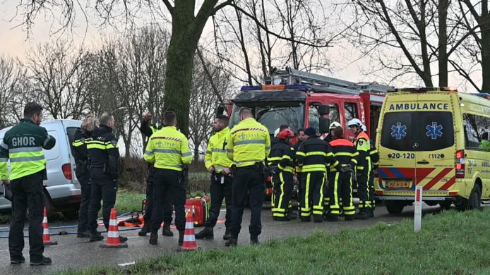 Bestuurder overleden na ongeval Lage Zwaluwe