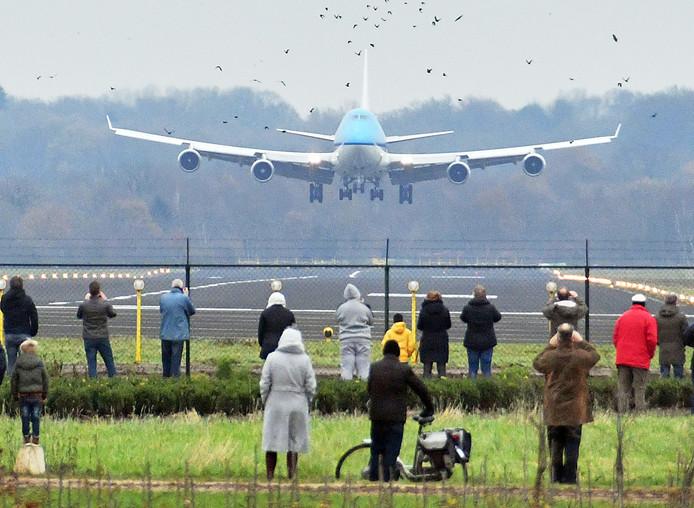 Woensdag 6 december 2017: de Boeing 747 landt op Twente Airport.