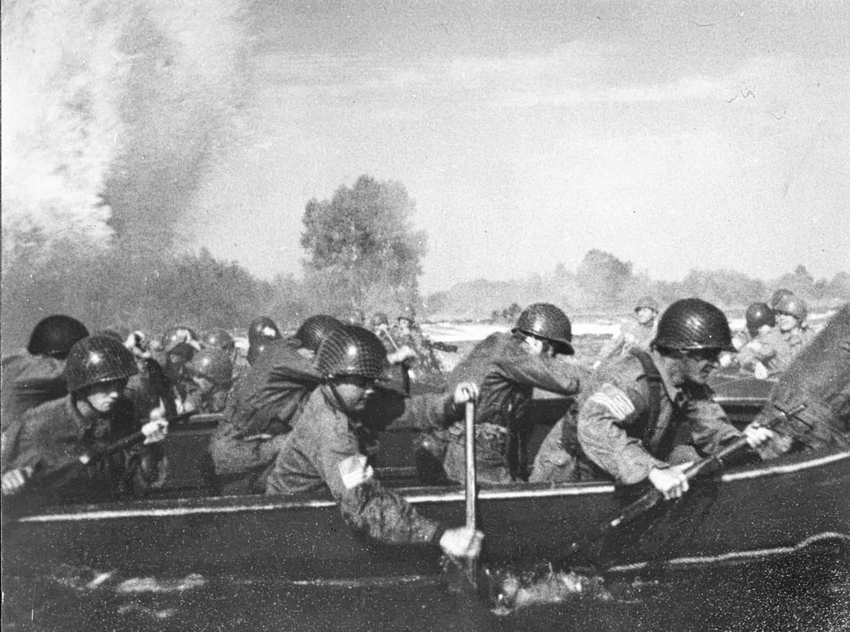 De legendarische Waalcrossing werd in 1977 nagespeeld in de film 'A bridge too far.'