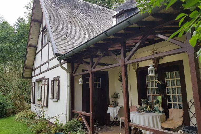 De Villa Herman Teirlinck ligt letterlijk verscholen tussen het groen langs het Koekoekspad.