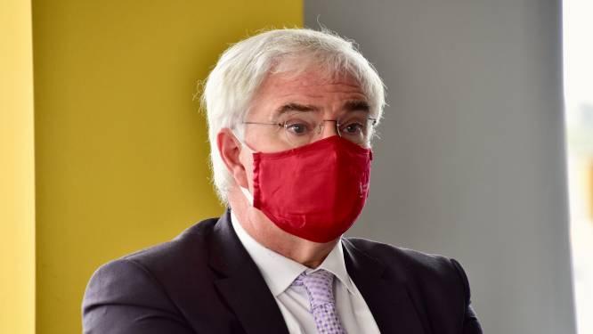 West-Vlaanderen verplicht mondmasker in bebouwde kom en op zeedijk in herfstvakantie