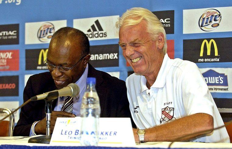 Jack Warner met Leo Beenhakker, in 2005 bondscoach van Trinidad & Tobago Beeld anp