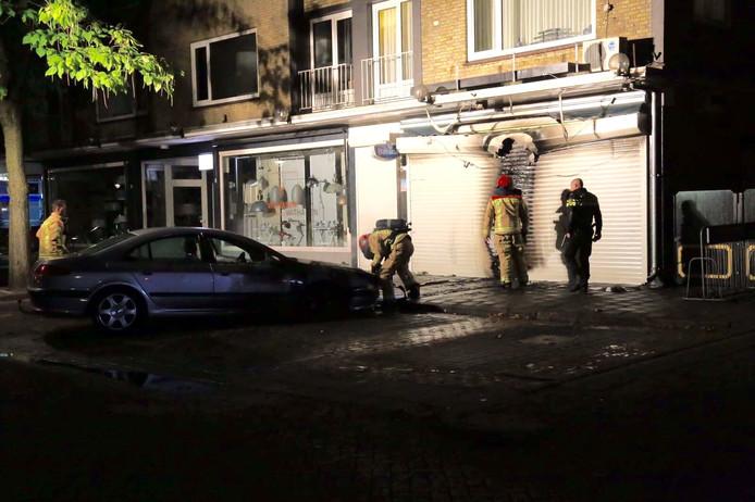 Autobrand in Helmond laat auto zelf rijden