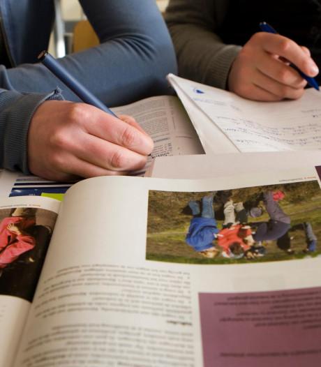 Leerlingen zien ordeproblemen in klassen en vinden te weinig rust