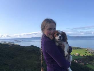 """""""Nog nóóit met tegenzin om 5 uur opgestaan"""": Emma (20) ruilde Zutendaal voor het boerderijleven op een Noors eiland"""